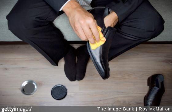 5 conseils d 39 entretien pour nettoyer les chaussures en cuir. Black Bedroom Furniture Sets. Home Design Ideas