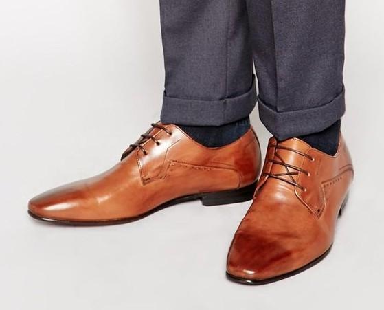 costume-chaussure-marron